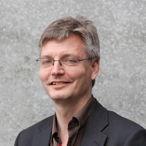 Michael Fjeldsøe