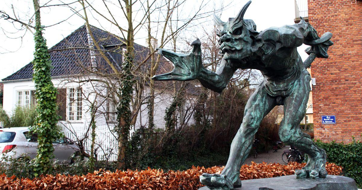 Trold vejrer kristenblod Valby kunst deling